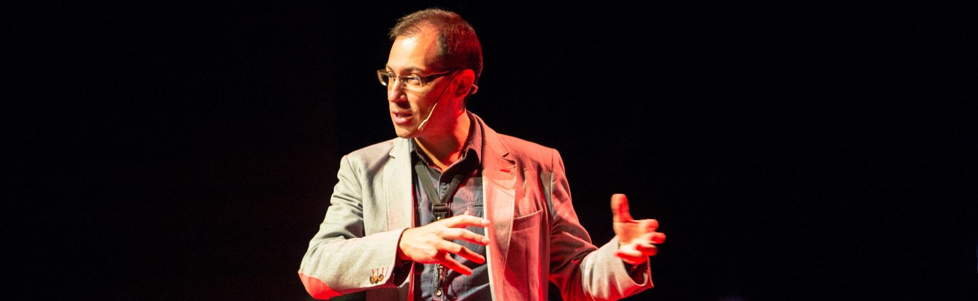 Héctor Robles Curso de innovación empresarial Honest Strategy