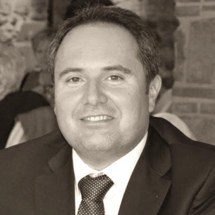Jose Medina CEO Manusa